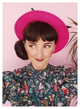 Sandra Lacroix pour la marque Oh... Really? Créatrice de chapeaux et accessoires pour cheveux à Bruxelles, Belgique.