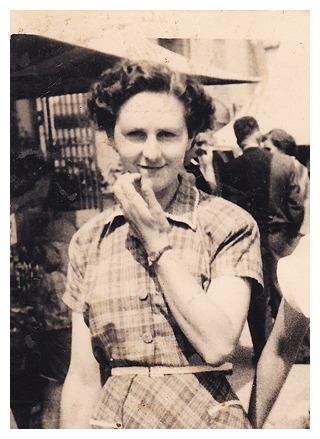 grand-mere-marie-annees-1950